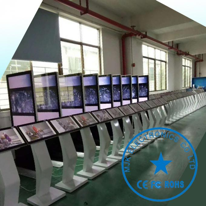 47 Inch blastproof Touch Screen Digital Signage For Advertising With Newspaper