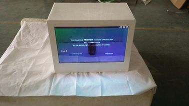 China Android System 22 Inch Transparent LCD Display Showcase factory